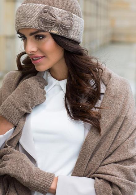 Кафяв зимен шал