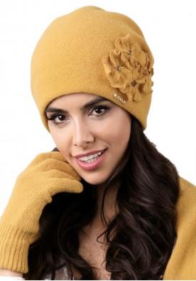 Жълта дамска зимна шапка Andora