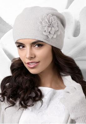 Светло сива шапка Bari