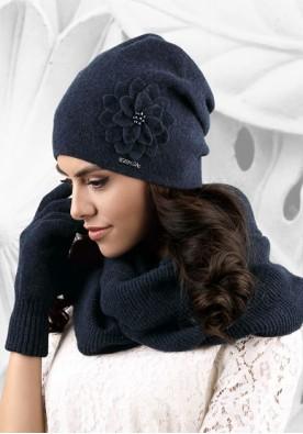 Синя шапка Bari