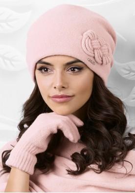 Красива розова шапка Bergamo