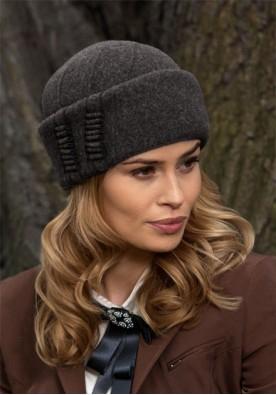 Топла сива шапка Binara
