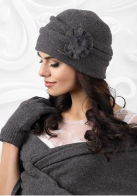 Топла и красива сива шапка Ferrara