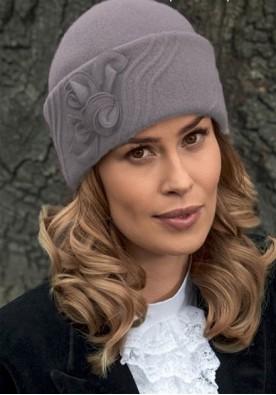Елегантна зимна шапка Gidona