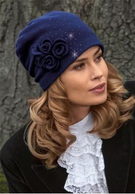 Синя шапка Jaz