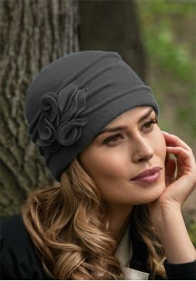 Прелестна сива шапка Katania