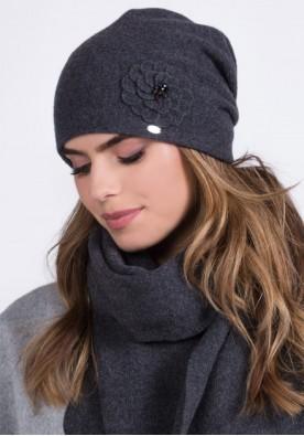 Сива дамска шапка Megi