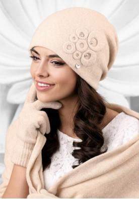 Бежова дамска шапка Nicea