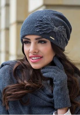 Разкошна сива зимна шапка Лена