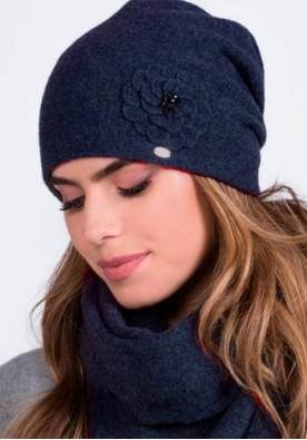 Очарователна синя шапка  Megi марка Kamea