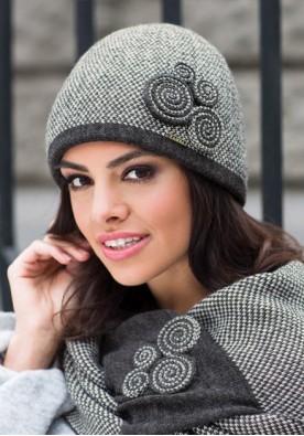 Сива шапка Силвия