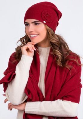 Елегантен комплект от шапка и шал в бордо модел Megi - марка Kamea