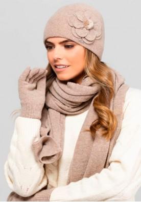 Комплект шал, шапка и ръкавици в светло кафяво марка Kamea - модел Marbella
